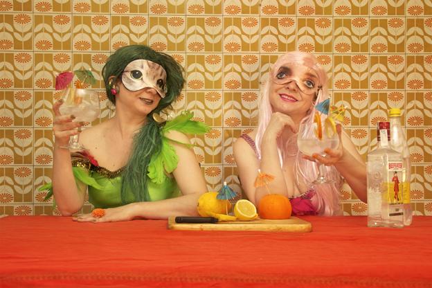 Que bonita es la amistad y que ricos estan los gin tonics